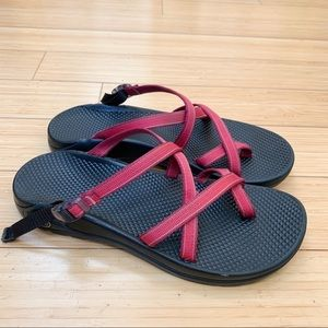 CHACO raspberry pink sandals, women's 10.